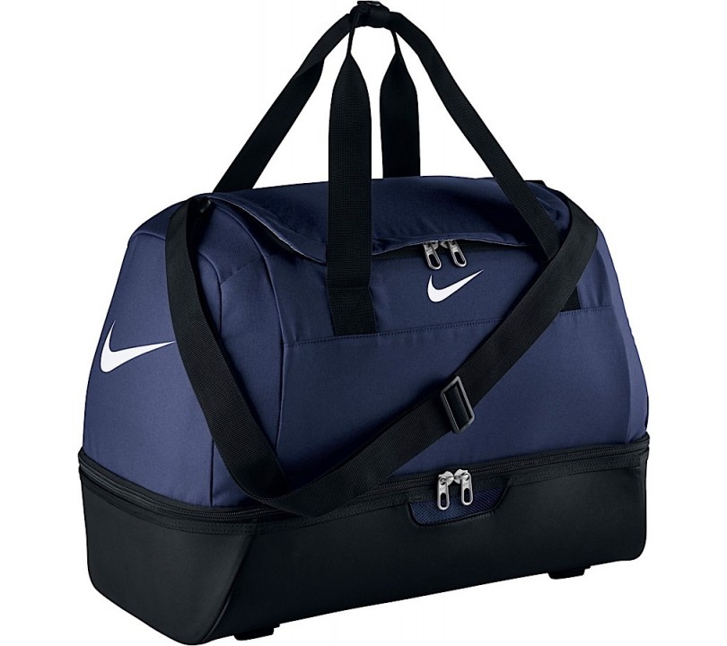 Nike Club Team Swoosh Hardcase L