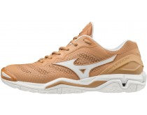 Mizuno Wave Stealth V Step on Mars